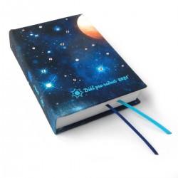 Diář 2021 - Vesmír ručně vázaný a zdobený kamínky Swarovski